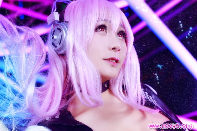 Super Sonico Punk Cosplay