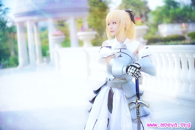 Fate Zero Saber Lily Cosplay